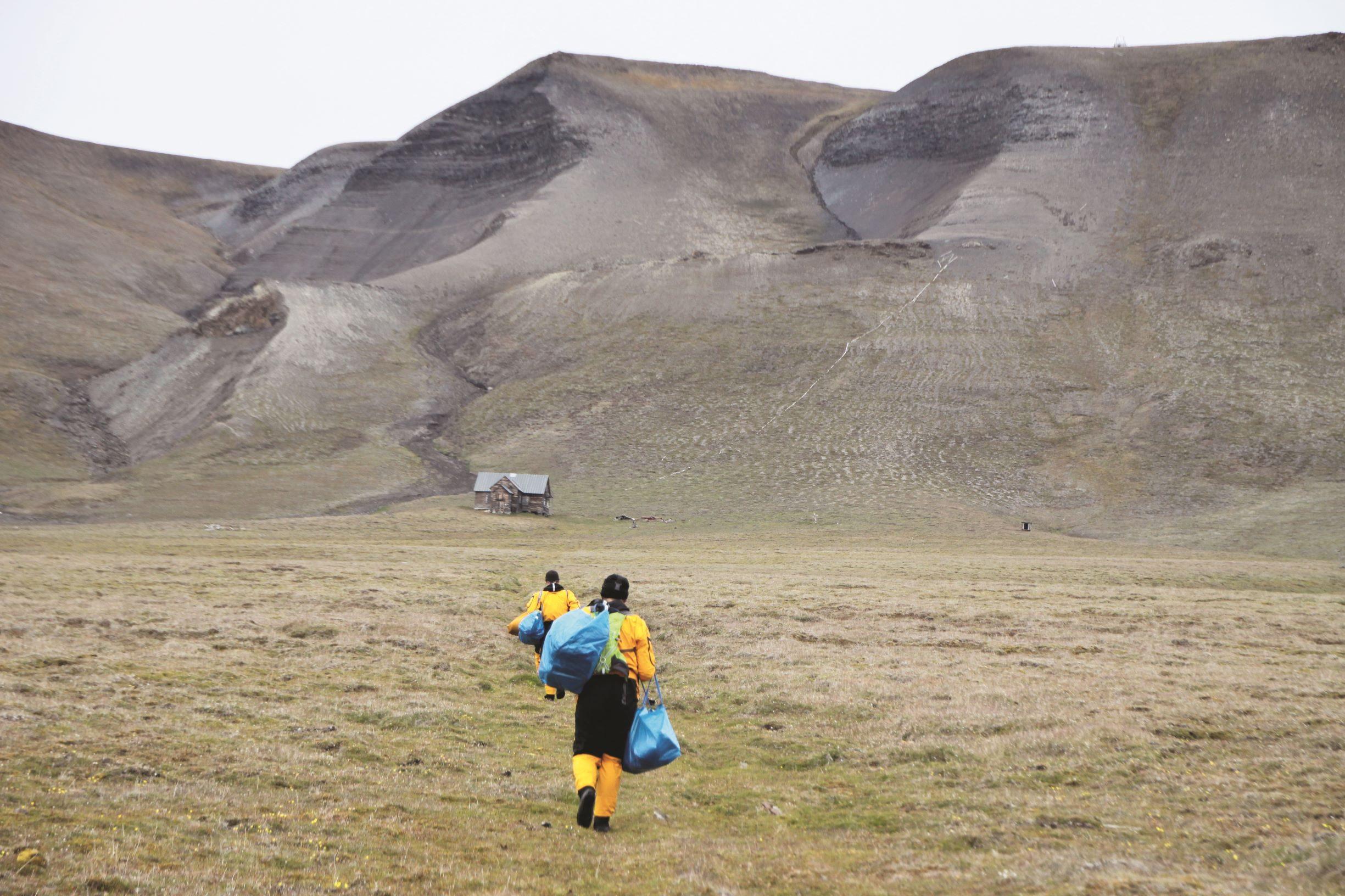 Svenskehuset  - Kajakktur Svalbard