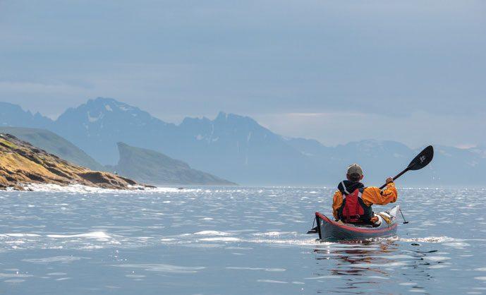 Området nordvest for Hasvik byr på kjempefine dagsturer med utsikt til fastlandet.