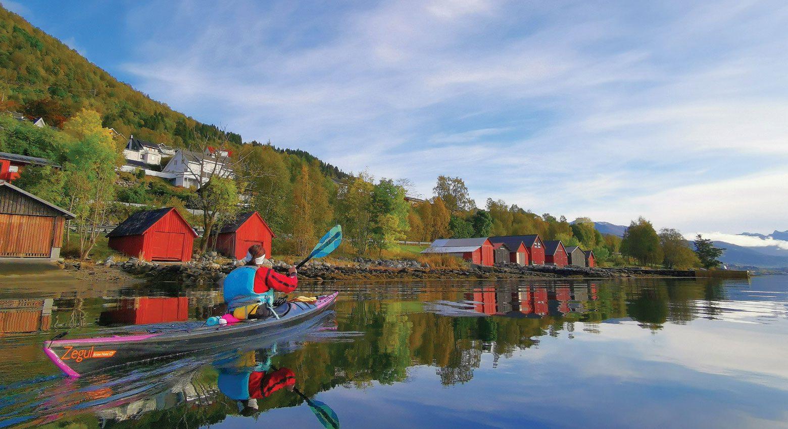 Oppdagelser i kø langs spennende fjord