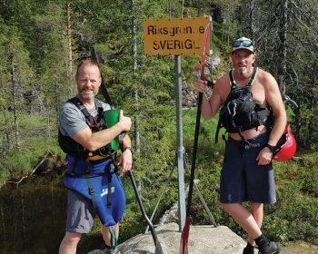Eirik Mjøen og Egil Gjølme ved ekspedisjonens startpunkt på svenskegrensen.